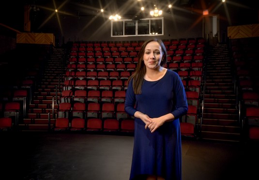 Edmonton Indie Arts Menjadi Pusat Produksi Program Natal Online